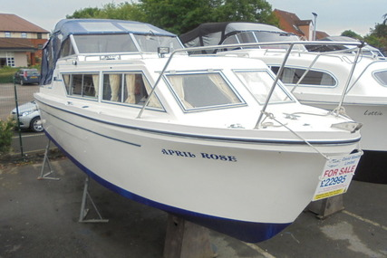 Viking Yachts 26 Widebeam 'April Rose' for sale in United Kingdom for £22,995