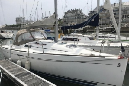 Beneteau First 25.7 Lifting Keel for sale in France for €25,500 (£22,511)