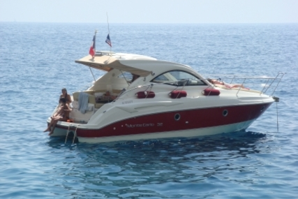 Beneteau Monte Carlo 32 Hard Top for sale in France for €115,000 (£102,865)