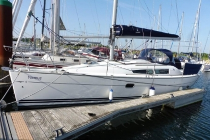 Jeanneau Sun Odyssey 32i Lifting Keel for sale in United Kingdom for £44,750