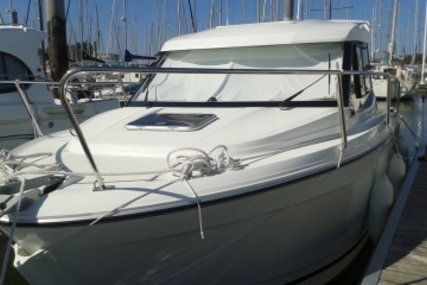 Jeanneau Merry Fisher 695 for sale in France for €42,000 (£37,713)