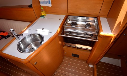 Image of Jeanneau Sun Odyssey 33i for sale in Croatia for €65,000 (£56,431) Dalmatia (, Croatia
