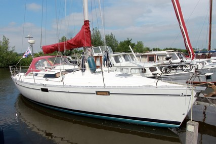Beneteau Oceanis 390 for sale in Netherlands for €34,500 (£30,277)