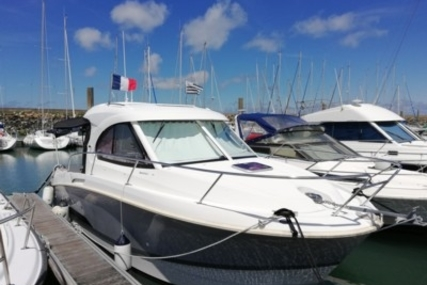 Beneteau Antares 8 for sale in France for €65,000 (£56,978)