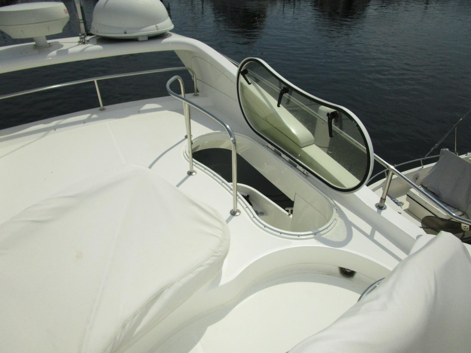 Azimut 42 Flybridge For Sale In United States Of America