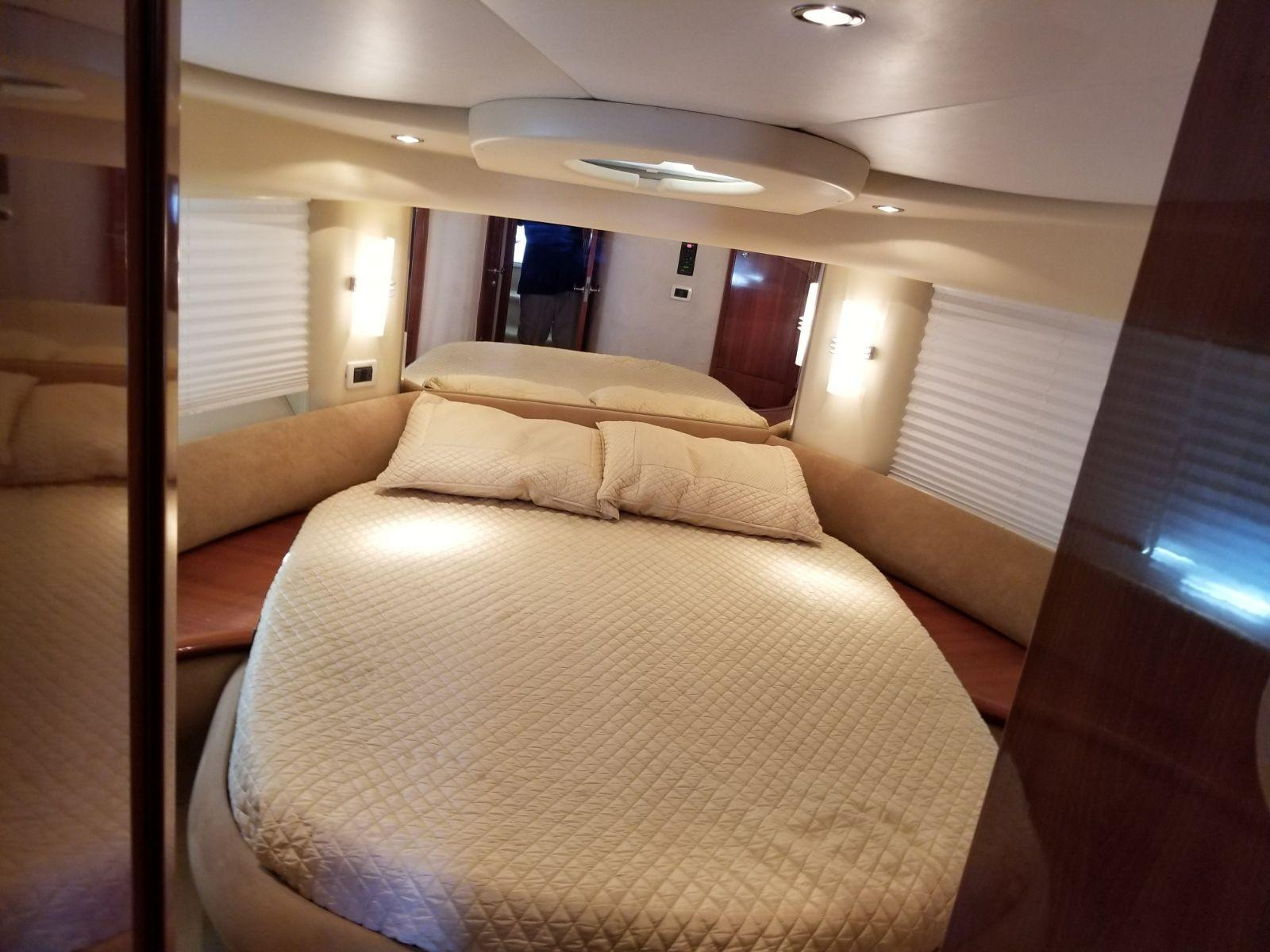 Image Of Azimut 42 Flybridge For Sale In United States