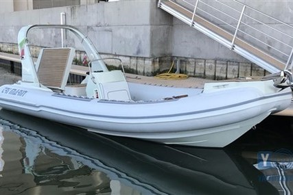 Tri Marin 770 for sale in Italy for €43,000 (£38,319)