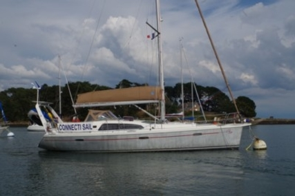 Allures Yachting Allures 40 for sale in France for €204,000 (£179,207)