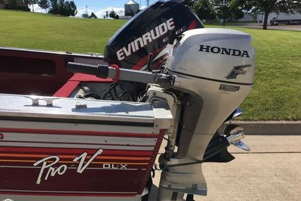 Lund Pro V 1700 Deluxe for sale in United States of America for $14,900 (£11,367)