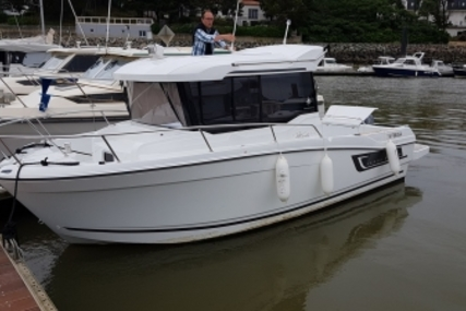 Jeanneau Merry Fisher 695 Marlin for sale in France for €58,000 (£50,872)