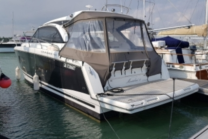 Jeanneau Leader 40 for sale in France for €279,000 (£248,243)