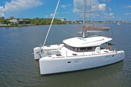 Lagoon 39 for sale in United States of America for $359,000 (£270,964)