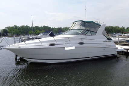 Cruisers Yachts 2870 Rogue for sale in United States of America for $27,800 (£20,959)