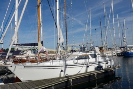 Nauticat 321 for sale in Germany for €250,000 (£218,335)