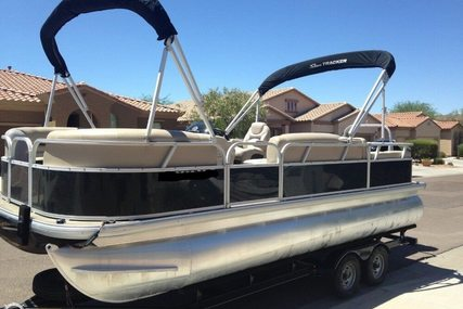 Sun Tracker Party Barge DLX 22 for sale in United States of America for $32,800 (£24,721)
