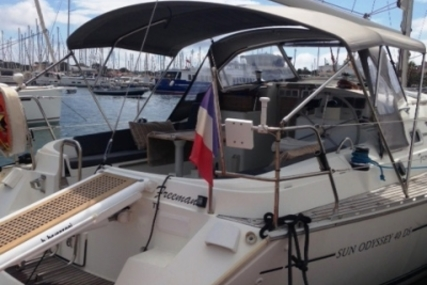 Jeanneau Sun Odyssey 40 DS for sale in France for €75,000 (£67,345)