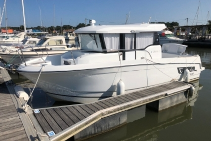 Jeanneau Merry Fisher 855 Marlin for sale in France for €79,000 (£67,596)