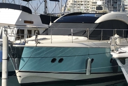 Beneteau MC 5 S for sale in France for €495,000 (£436,982)