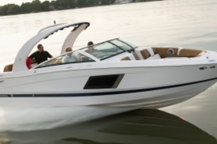 Four Winns Horizon 290 for sale in France for €139,000 (£122,283)