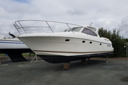 Prestige 34 Sport Top for sale in France for €75,000 (£66,985)