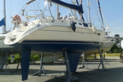 Hunter 326 for sale in France for €35,000 (£31,199)