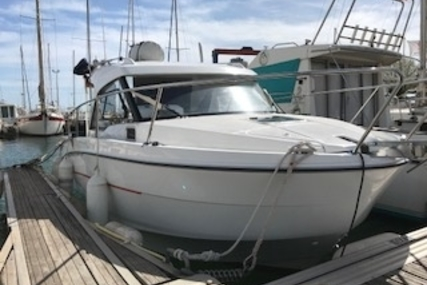 Beneteau Antares 8 OB for sale in France for €55,000 (£47,955)