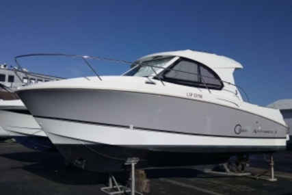 Beneteau Antares 8 for sale in France for €86,900 (£77,613)