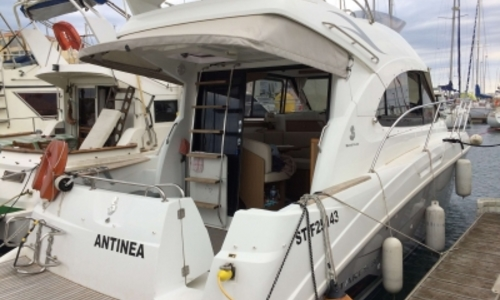Image of Beneteau Antares 30 for sale in France for €125,000 (£108,530) FRONTIGNAN, France