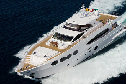 Majesty 105 for sale in Italy for €3,300,000 (£2,903,600)
