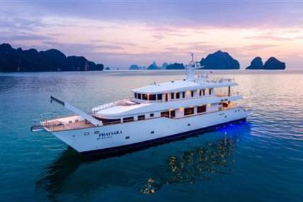 Silkline International Custom Power Catamaran 37m for sale in Thailand for $3,950,000 (£3,003,505)
