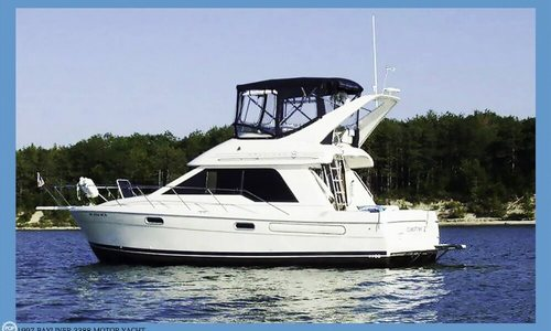 Image of Bayliner 3388 Command Bridge Motoryacht for sale in United States of America for $47,900 (£36,859) Cheboygan, Michigan, United States of America