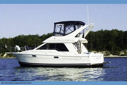 Bayliner 3388 Command Bridge Motoryacht for sale in United States of America for $49,900 (£38,067)