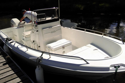 Sea Hunt Triton 186 for sale in United States of America for $16,000 (£12,318)