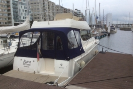 Jeanneau Merry Fisher 10 for sale in Belgium for €99,000 (£87,325)