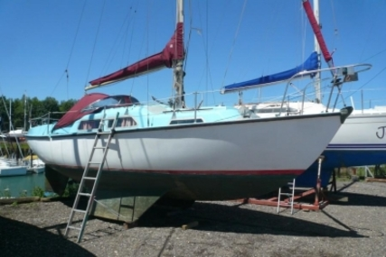Sabre 27 for sale in United Kingdom for £8,000