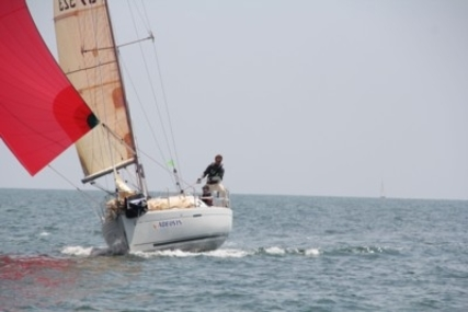 Beneteau First 31.7 for sale in France for €63,500 (£56,714)