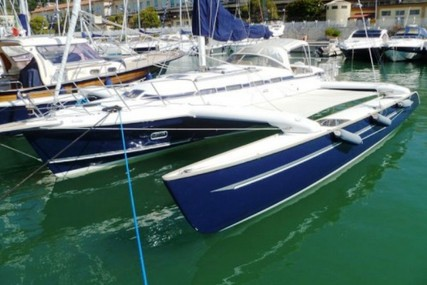 Dragonfly 1200 for sale in Italy for €260,000 (£232,213)