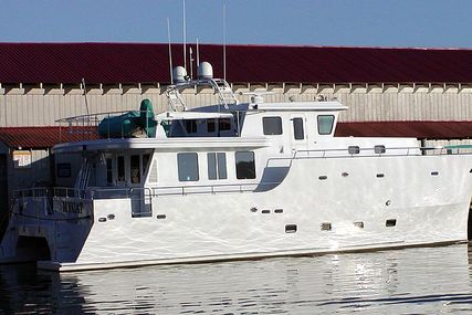 Custom Build Power Catamaran- 2005 for sale in United States of America for $998,000 (£766,389)