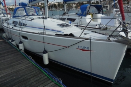 Jeanneau Sun Odyssey 36i for sale in France for €51,750 (£46,224)