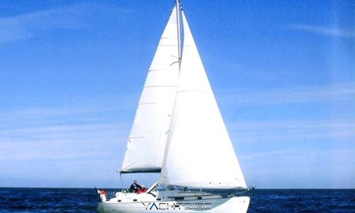 Image of Beneteau Oceanis 36 CC for sale in France for €60,000 (£53,969) France