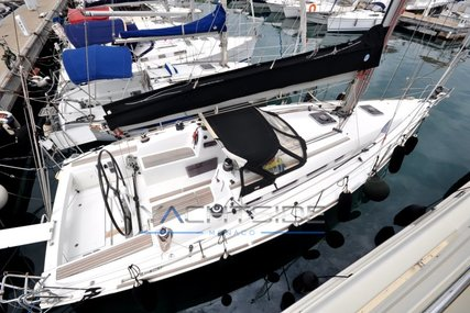 Beneteau First 35 for sale in France for €115,000 (£103,213)