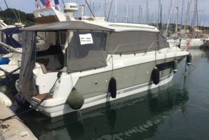 Jeanneau NC 9 for sale in France for €117,000 (£101,281)