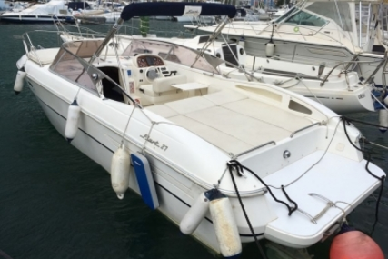 Fiart Mare FIART 27 for sale in France for €32,000 (£28,720)