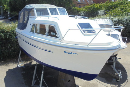 Viking Yachts 20 Wide Beam 'Avalon' for sale in United Kingdom for £16,995