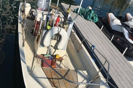 Boston Whaler 17 for sale in United States of America for $17,500 (£13,414)