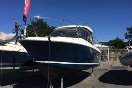 Jeanneau Merry Fisher 645 for sale in France for €21,000 (£18,719)