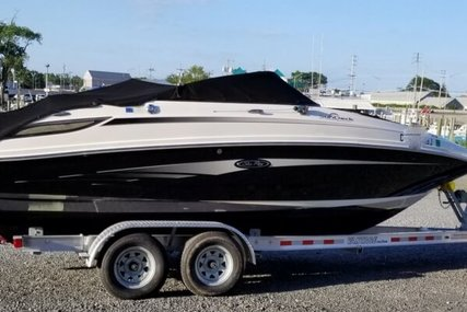 Sea Ray 220 Sundeck for sale in United States of America for $29,500 (£22,612)