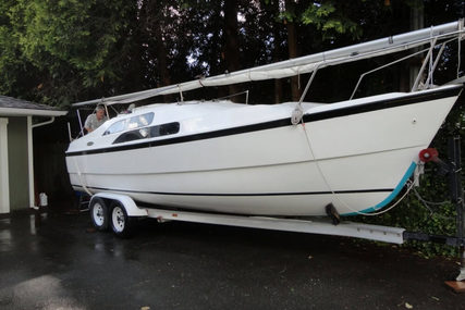 Macgregor 26M for sale in United States of America for $19,995 (£15,295)