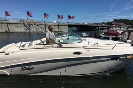 Rinker Fiesta Vee 250 for sale in United States of America for $27,800 (£21,375)