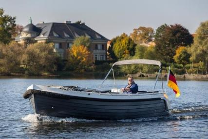 Interboat Intender 780 for sale in United Kingdom for €75,645 (£67,922)